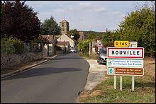 Nous sommes en Île-de-France, à l'entrée de Bouville. Commune de la Grande Couronne, elle se situe dans le département ...