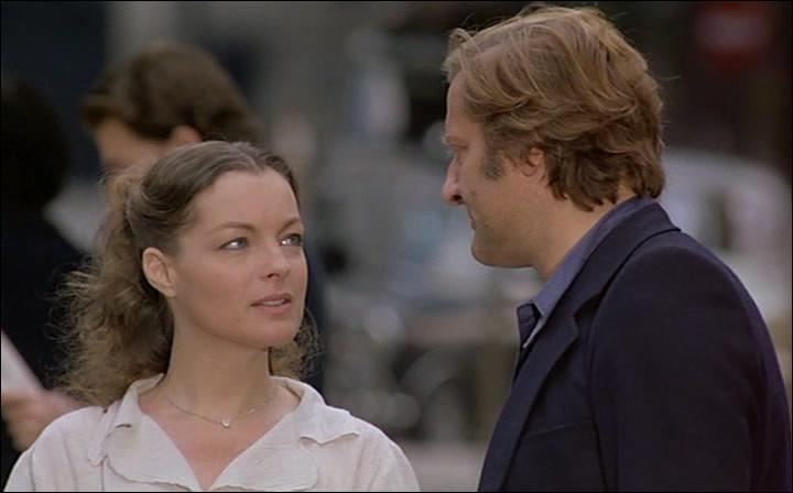 """En 1978, Romy Schneider retrouve Claude Sautet pour """"Une histoire simple"""", qui lui apportera son second César de la meilleure actrice. Lequel de ces célèbres acteurs peut-on retrouver dans ce long métrage ?"""