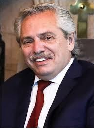 De quel pays Alberto Fernández est-il l'actuel président depuis 2019 ?