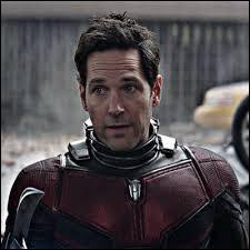 Quel superhéros se cache derrière le nom de Scott Lang ?