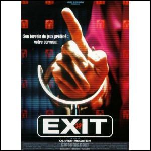 """Dans """"Exit"""", combien de temps est resté enfermé Stan dans une prison avant d'être pris en charge par Olbek ?"""