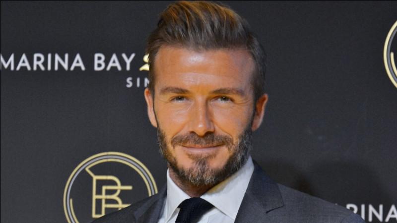 En quelle année le footballeur David Beckham a-t-il mis fin à sa carrière ?