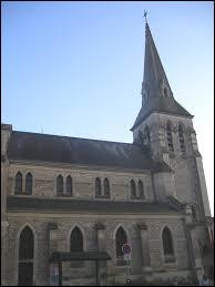 Notre première balade du week-end commence à Anizy-le-Château. Ancienne commune des Hauts-de-France, elle se situe dans le département ...