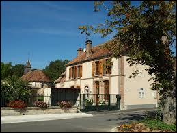 Petit village Marnais, Queudes se situe en région ...