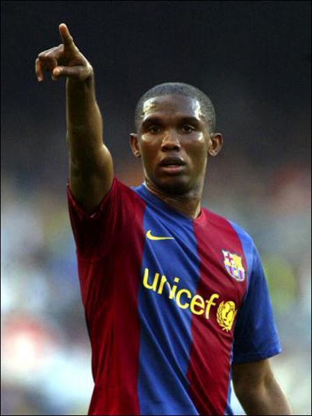 Après son parcours au FC Barcelone, dans quel club Samuel Eto'o a-t-il été transféré ?