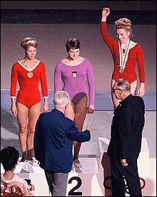 18 médailles > Pendant exactement ..., Larissa Latynina a été la sportive olympique la plus médaillée de l'histoire des Jeux, été et hiver compris !