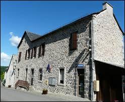 Nous terminons notre balade en Aveyron, à Taussac. Nous nous trouvons dans l'ex région ...
