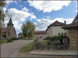 Nous sommes dans le Grand-Est, à Marre. Village de la Communauté d'agglomération du Grand Verdun, il se situe dans le département ...