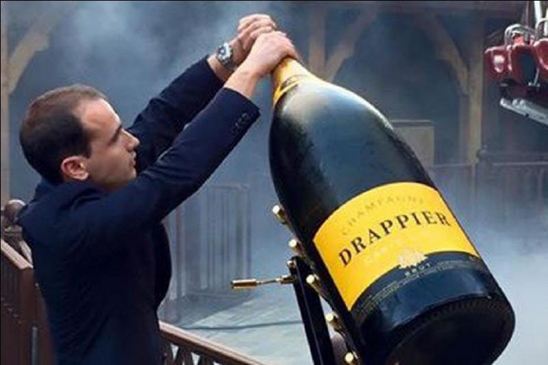 Quel est le nom de la bouteille d'une contenance de 30 litres ?