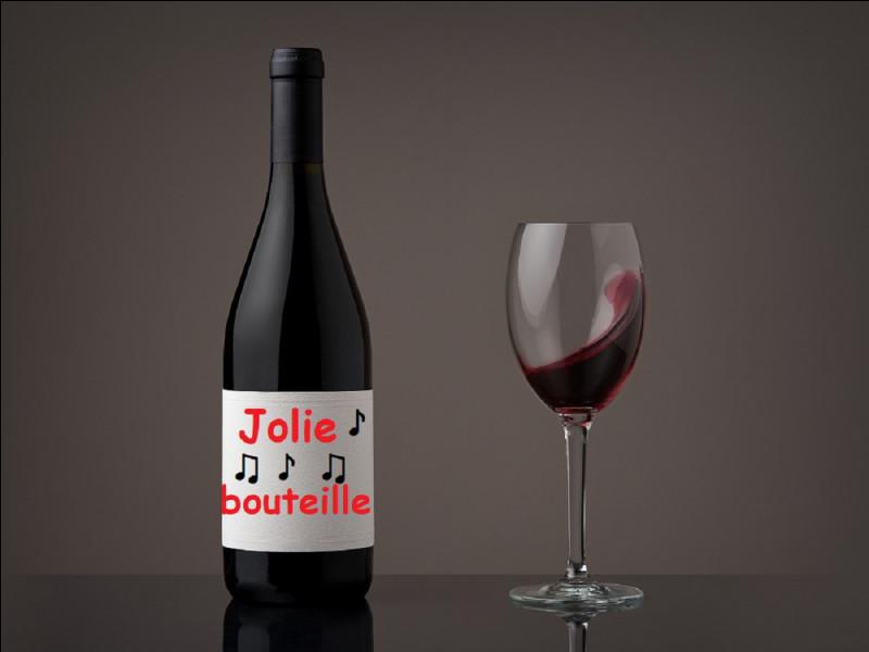 Qui chantait ''Jolie bouteille'' dès 1966 ?