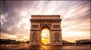 Qui a participé à la construction de l'arc de triomphe de l'Étoile ?