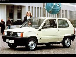 Comment s'appelle ce modèle de deuxième génération datant des années 2000 ?