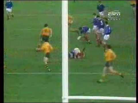 Qui marqua l'essai de la victoire lors de la demie-finale de la Coupe du monde 1987 ?