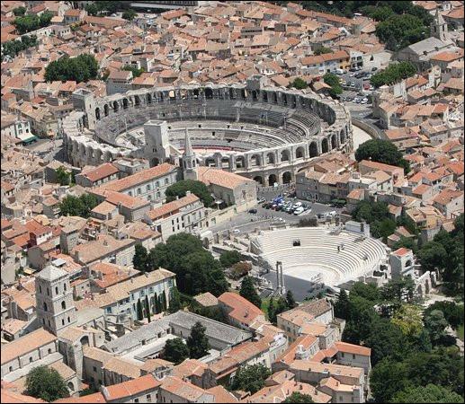 Comment s'appelle la monnaie d'Arles ?