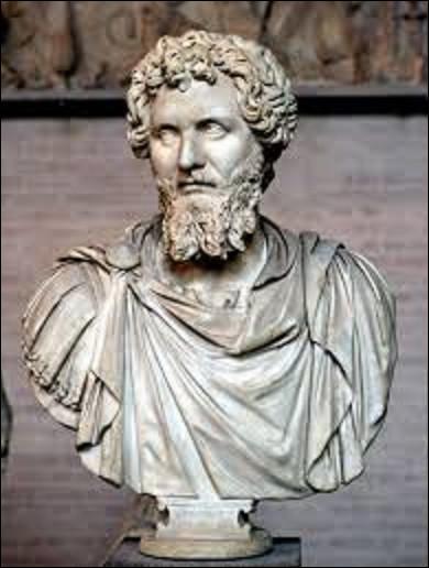 19 février 197 : Septime Sévère, général de l'armée du Danube et futur empereur romain, bat les troupes du gouverneur de (Grande) Bretagne, Clodius Albinus, près de Lugdunum. Quel est le nom de cette ville aujourd'hui ?