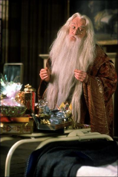 Pourquoi la soeur de Dumbledore n'allait-elle pas à Poudlard ?