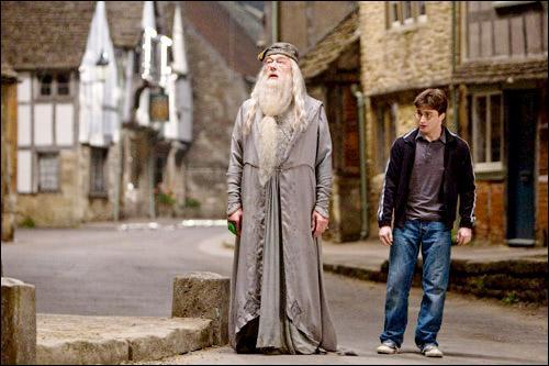 Qui a tué la soeur de Dumbledore ?