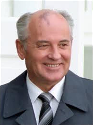 11 mars 1985 : En URSS, quel personnage arrive au pouvoir ?