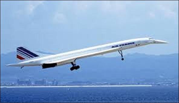 02 mars 1969 : Un grand oiseau blanc traverse le ciel de Toulouse pendant 29 min. Le Concorde premier avion civil supersonique construit par Sud-Aviation et la British Aicraft Corporation affiche des performances affolantes. À quelle vitesse maximale pouvait-il voler ?