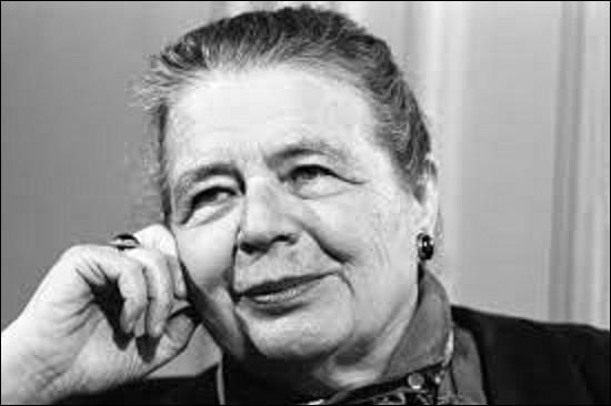 06 mars 1980 : Quelle femme devient la première à être élue à l'Académie française ?
