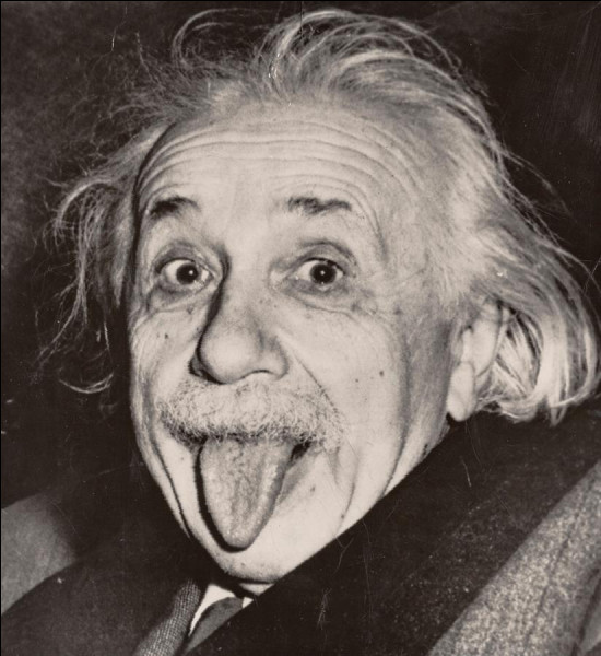 Quelle était la taille d'Albert Einstein ?