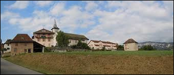 Je vous propose de commencer cette nouvelle balade en Auvergne-Rhône-Alpes, à Avressieux. Commune de l'arrondissement de Chambéry, elle se situe dans le département ...