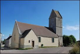 Voici l'église Saint-Germain du Marais-la-Chapelle. Commune Calvadosienne, elle se trouve dans l'ex région ...
