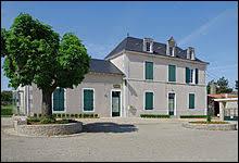 Saint-Pierre-d'Excideuil est une commune néo-aquitaine située dans le département ...