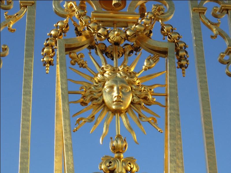 """Quel roi était surnommé """"Le Roi Soleil"""" ?"""