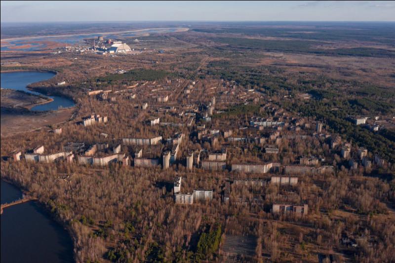 26 avril 1986. Le réacteur numéro 4 de la centrale nucléaire de Tchernobyl explose et irradie toute la région pour l'éternité. La ville voisine de Prypiat, 50000 habitants, est évacuée et restera à jamais une ville fantôme. Dans quel pays actuel se situe cette ville ?