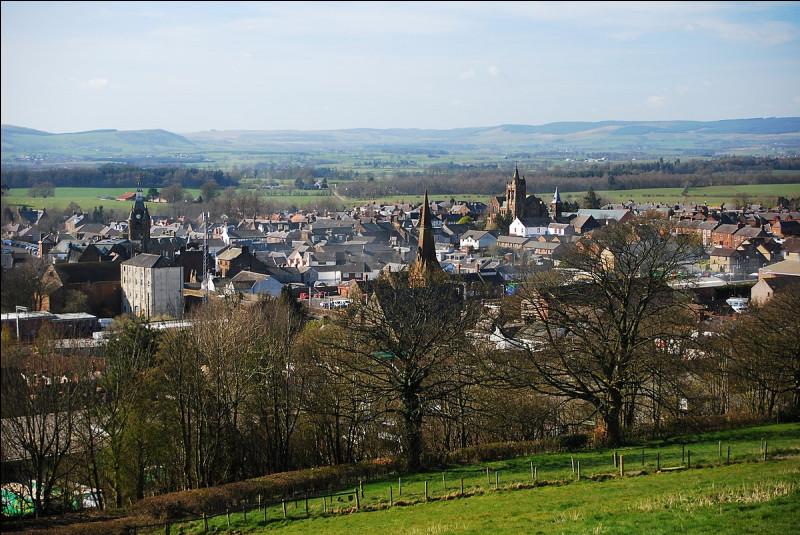 21 décembre 1988. Une bombe explose dans un avion et cause un crash dans le paisible village de Lockerbie, en Écosse, faisant 259 morts à bord et 11 au sol. Selon les résultats de l'enquête et les aveux qui s'en suivirent, de quel pays les terroristes étaient-ils originaires ?