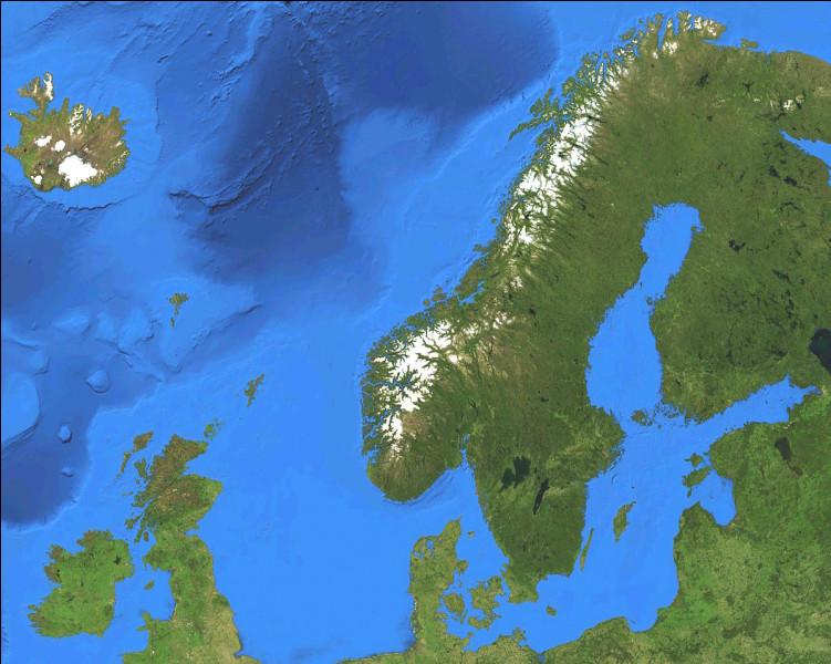 Avant le 1er janvier 2020, il y avait 18 comtés en Norvège. Avec la fusion de certains d'entre eux, combien y en a-t-il maintenant ?