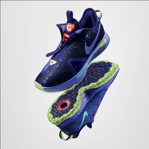 La Nike PG 4 Gatorade est la nouvelle paire de :