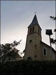 Nous terminons notre balade dans le Béarn devant l'église de l'Assomption-de-la-Bienheureuse-Vierge-Marie de Vignes. Commune néo-aquitaine, elle se situe dans le département ...