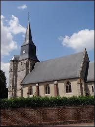 Nous sommes en Normandie devant l'église Saint-Pierre de Grand-Camp. Commune de l'arrondissement de Bernay, elle se trouve dans le département ...