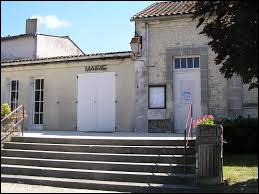 Commune Charentaise, Verrières se situe en région ...