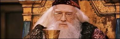 Voici un personnage bien aimable et très puissant, je parle bien sûr de Dumbledore. Quels acteurs l'ont incarné ?