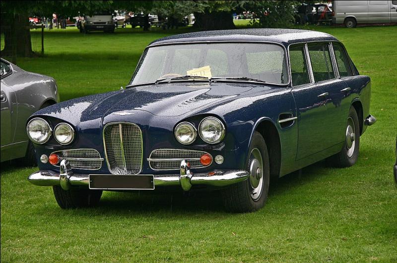 Sinon, en version 1961, vous avez ce modèle ... de chez ..., où l'on persiste à vouloir mettre 4 portes !