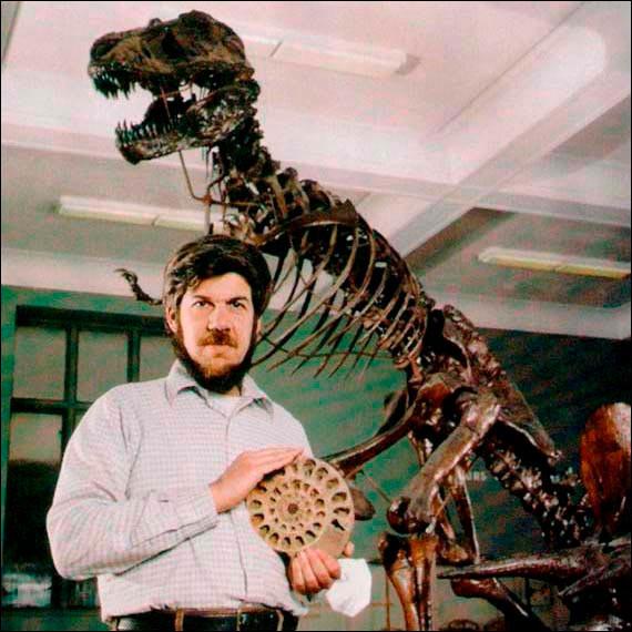 Quel moyen mnémotechnique a été créé par Stephen Jay Gould pour se rappeler des périodes du Paléozoïque ?