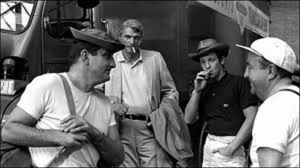 Cinéma : ''Cent mille dollars au soleil'' est un film d'aventure sorti au cinéma en 1964. Ayant pour acteurs principaux Jean-Paul Belmondo, Lino Ventura et Bernard Blier, qui en est le réalisateur ?