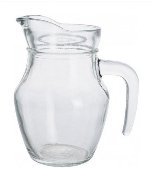 Quel est ce récipient que l'on remplit d'eau ?
