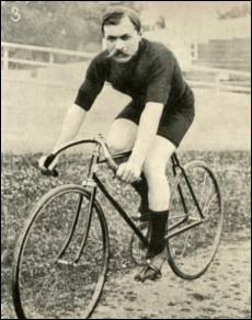 Qui fut le premier coureur a avoir gagné le Tour de France ?