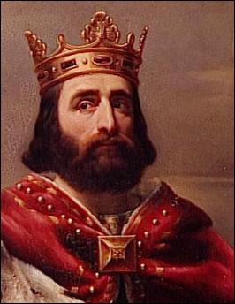 Parmi les trois batailles historiques de Poitiers, laquelle fut remportée par Charles Martel ?