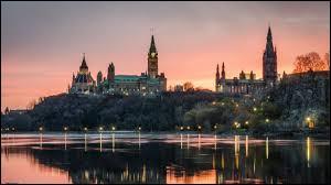 Ottawa est la plus grande ville du pays.
