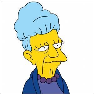 Quel est le prénom de la mère de Skinner ?