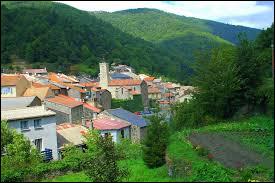 Petit village Audois de 89 habitants, Montfort-sur-Boulzane se situe dans l'ex région ...