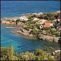 Magnifique village qui s'étend sur 7 kilomètres entre Saint- Raphaël et Sainte -Maxime, situé sur la commune de Roquebrune sur Argens :
