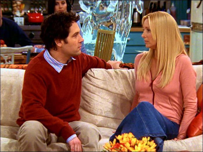 Comment s'appelle la souris que Phoebe nourrit dans les placards de son appartement ?