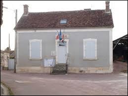 Nous sommes maintenant en Bourgogne-Franche-Comté, à Lain. Commune de l'arrondissement d'Auxerre, elle se situe dans le département ...