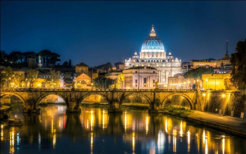 Quel pays le pape François visite-t-il en mars 2021 ?